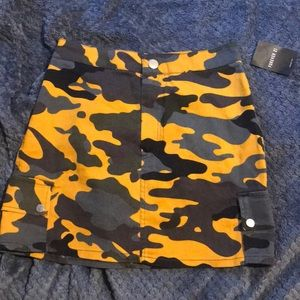 Camo Skirt (grey and yellow)